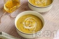Рецепта Крем супа от броколи с картофи, целина, чесън, бадемово мляко и сирене чедър